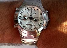 Seiko  chronograph alarme watre resistant100m sapphr crystal