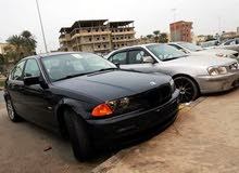 Used condition BMW 318 2000 with +200,000 km mileage