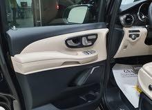 سيارات فخمة فانات فخمة vip خدمات رجال الأعمال فيانو مرسيدس للايجار