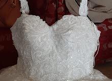 فستان زفاف استعمال ساعتين