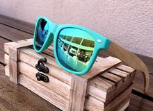 Light polarized wood sunglasses