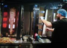 عدة مطعم شاورما وسناكات كامله للبيع
