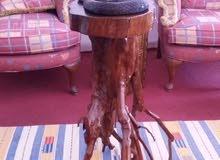 طاوله غصن شجرة قديمه جدا مع أفعى نحت يدوي للبيع .