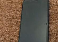 ايفون 8 بلاس 64 قيقا الجهاز نظيف بدون ملحقات و البطارية متاعة 85