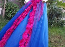 فستان سهرة ب 300 انيق في لبسته منفوخ بلا ستاقونا