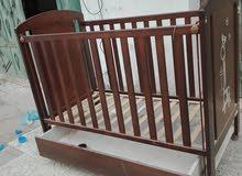 سرير اطفال للبيع للبيع