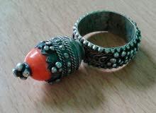 خاتم قديم إيراني فريد لأعلى سعر