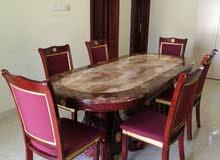 طاولة جميلة من الرخام