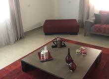 غرفة معيشة ......
