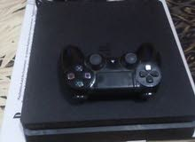PS4 slim للبيع