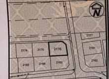 للبيع ارض سكنيه في بوشر السادسه كورنر