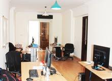 **للبيع شقة مميزه بمربع بولكلي شارع مصطفى كامل **