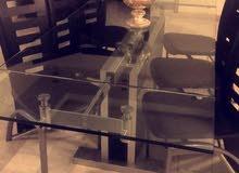 طاولة سفرة مع 8 كراسي للبيع