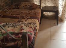 سرير مع الفرش للبيع