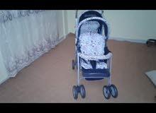 عربة اطفال استعمال بسيط شبه جديدة