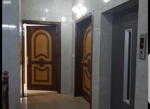 للإجار شقة فاخرة 5غرف عند كبري الصيانة المليساء موقع ممتاز كل الخدمات متوفره