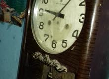 ساعة حائط تحفه