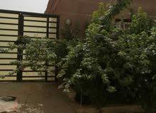 منزل لودبيرنق طابق واحد قابل لبناء طابق تاني كافوري مربع 6  المساحه 300 متر تشطي