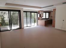 شقة أرضية 2 نوم مع حديقة للبيع في عبدون