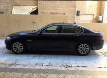 BMW 523i 2012 Low mileage 12الف km فقط gold من و بحالة الوكالة مالك واحد