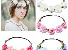 تاج الورود، متوفر بألوان متعددة. Flower crown, available in multiple colors