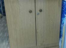 خزانة بابين