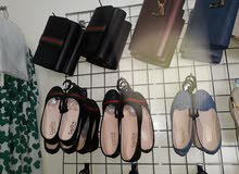 احذية بالشنطة  البيع بسعر الجملة