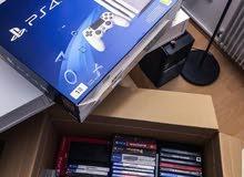 سوني PS4 PRO 1 تيرابايت مع 30 ألعاب مجانية و 2 تحكم