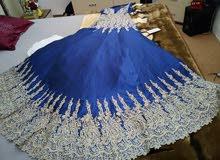 فستان كــبــــــيـــر اللون أزرق ملكي نظيف ملبوس فقط مرتين نظيييف