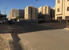 محل بمساحة 40 مع سرداب 30 متر بالمنقف