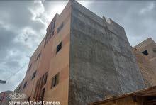 عمارة للبيع   - وسط البلاد المعالم القريبة، شارع عمرو بن العاص + فندق الكورنيش + مصرف الوحدة