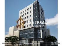 للبيع  بناية تجارية   ارضي + 3 طوابق   6 محلات  12 شقة