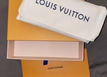 LV wallet like new ,- محفظه لوي فيتون جديده