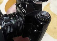 كاميرا زينيت روسية مع عدسة زوم وفلاش نضيفة