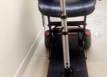 كرسي كهربائي متحرك نظيف جدا لم يستخدم الا لفتره بسيطه