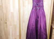 فستان خطبة راقي.. لبسة مرة وحده للبيع