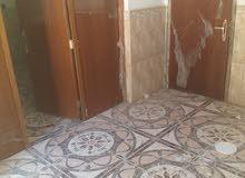 بيت الايجار 500 الف بالقرب جاسم ابو التريلات صفحة القبله خلف حسينة الزهراء شارع