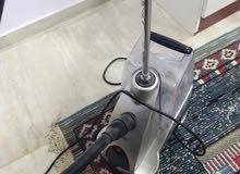 مكوى بخار عامودي يصلح للستائر وغيرها بدون الحاجة إلى طاولة كوي