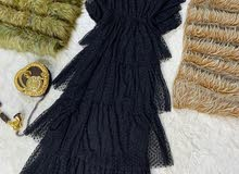 فستان اسود  القياسات من 40 الى 50 متوفر توصيل