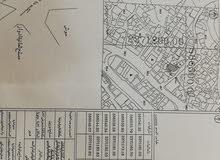 بيت مسلح شعبي مساحته55، 379 للبيع كاش فقط للجادين موقعه في الجميزة الطريق الناز