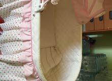 سرير اطفال للصغار