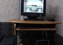 كمبيوتر كامل  نزل على 30لعبي  جهاز فحص  سرعه 2800   رام 512  مساحة تخزين 80 قيقا
