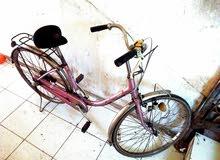 دراجة للبيع بحالة ممتازه