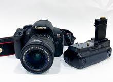 Canon 700d & 18-55 lens & Battery grip