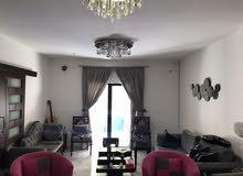شقة مع دار للبيع