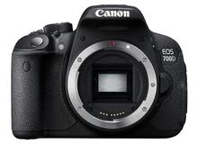 Canon 700D without zoom without anything, only camera with Bag.