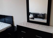 للبيع غرفة نوم بحريني نضيف جدا