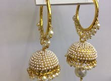 ear rings with white pearl
