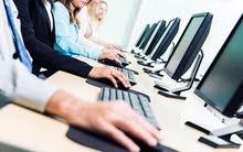 مطلوب موظف مختص في تكنولوحيا المعلومات