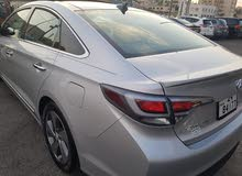Hyundai Sonata car for sale 2016 in Zarqa city